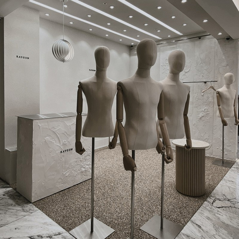 SHOWROOM INTERIOR